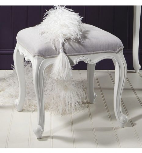 Chic Dressing Stool in Vanilla White